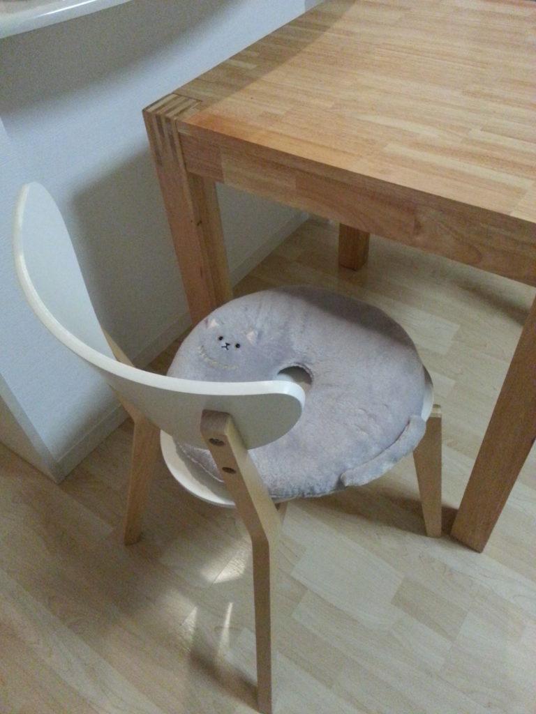 猫のミューン円座クッション