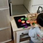 1才7ヶ月:料理のお手伝いチャレンジさせてみた