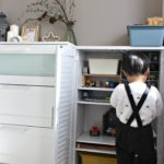 プラレールやミニカーおもちゃの収納棚を追加しました。