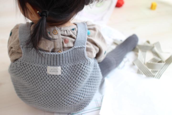 生後8~10ヶ月冬の女の子コーデ。使えるベビー服はこれ!