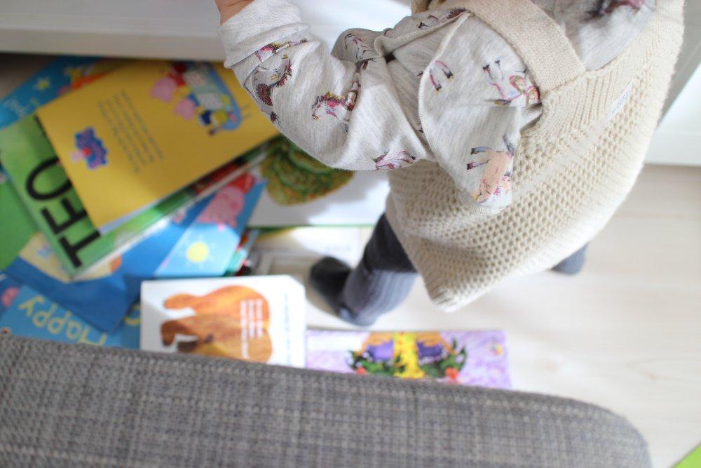 絵本に興味のない赤ちゃんは聴覚優位かも?