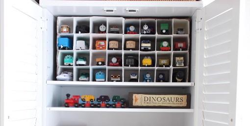 プラレールやおもちゃの収納を見直しました。