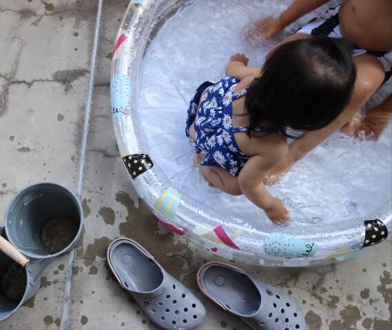 3coinsで購入した水遊びグッズ。