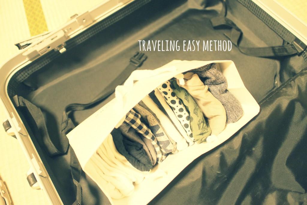 旅行時のベビー服収納術を発見しました。