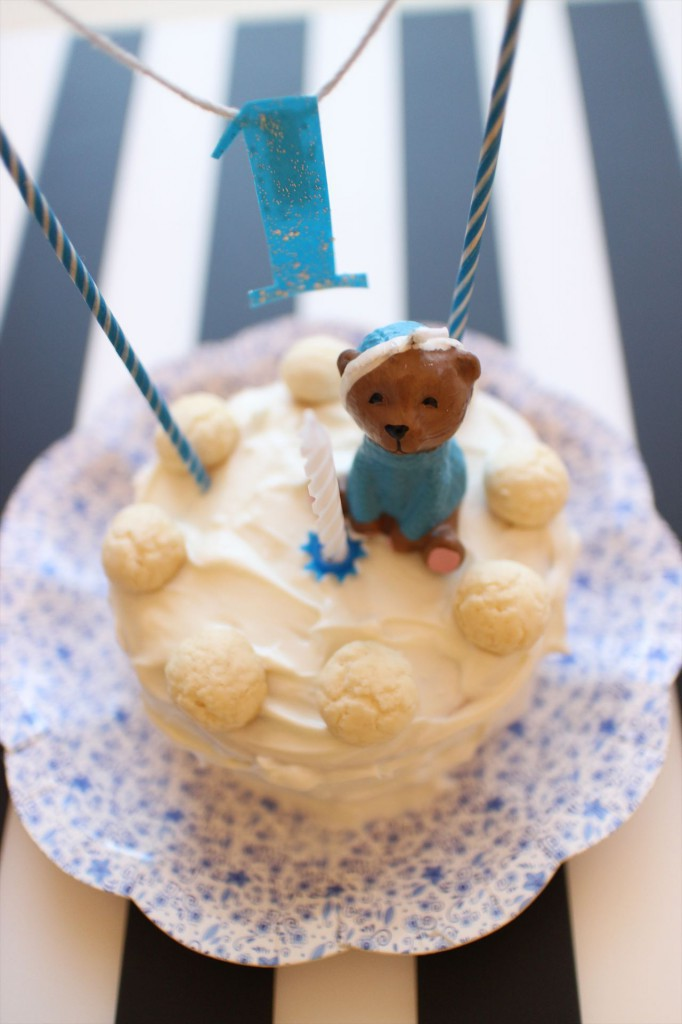 1才のときの誕生日ケーキ