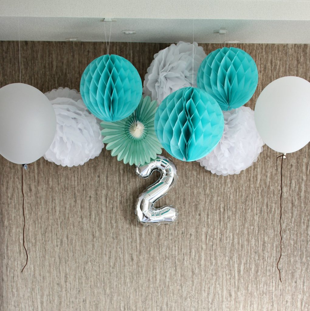 party-decoration-mintgreen-front