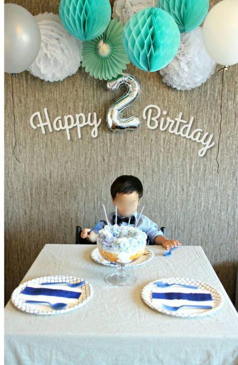 2才誕生日男の子シンプルに