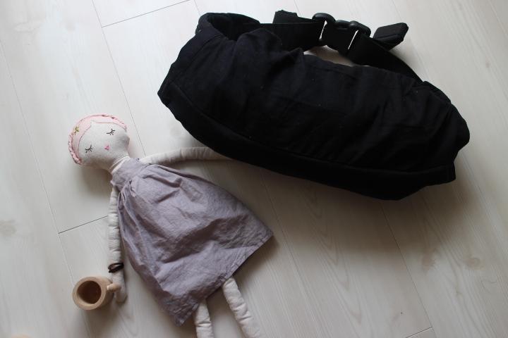 赤ちゃん育児、早く買えば良かった抱っこ紐収納カバー。