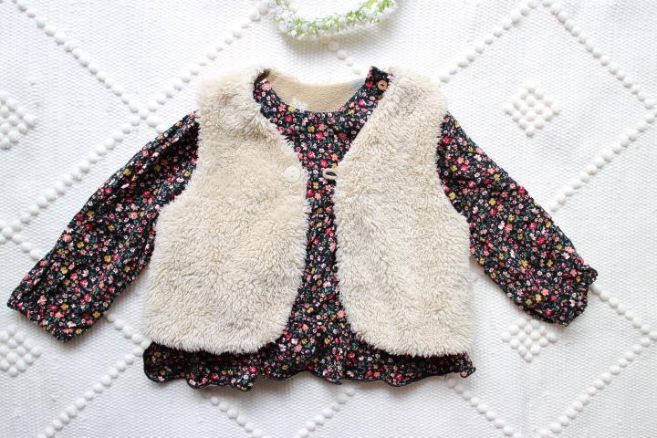 コンビミニベビー服