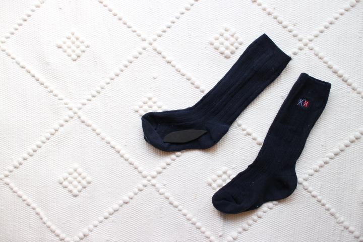 園グッズ記名の知恵!黒紺の靴下には漂白剤が使える!