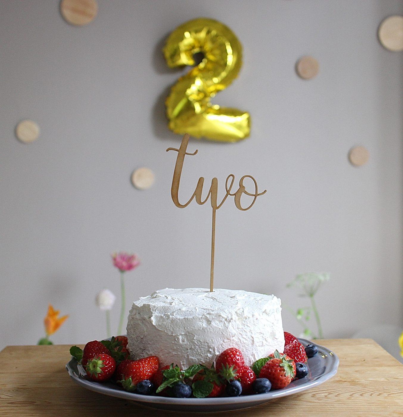 2才誕生日デコレーションケーキ手作り