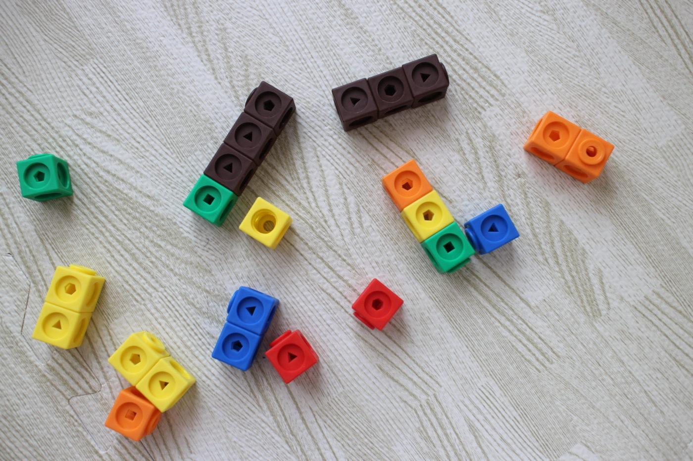 数学ブロックmathlink cubes