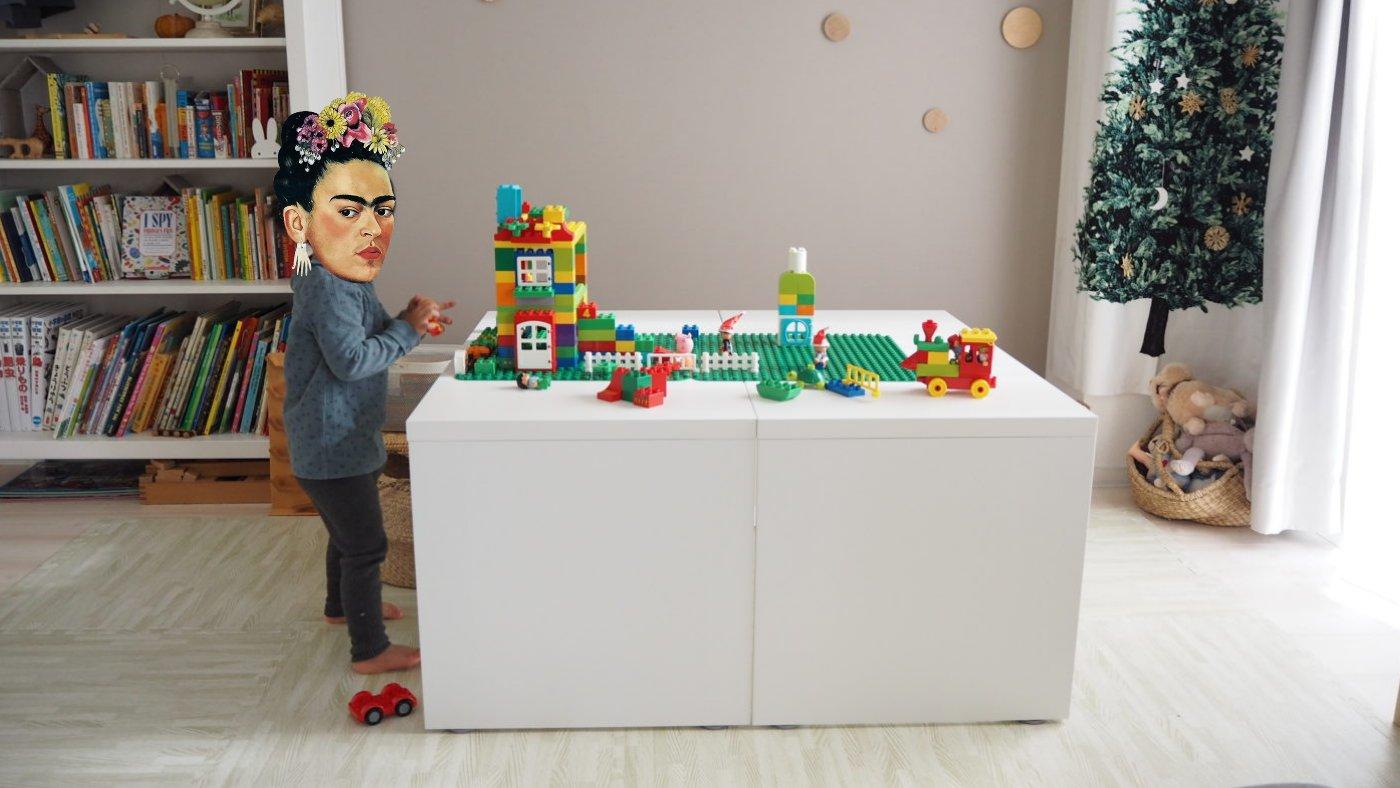 IKEAのレゴテーブルにできるデスク